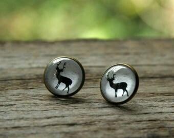 Reindeer earrings, Reindeer on snow, reindeer studs, winter earrings, Christmas earrings, Christmas reindeer, Scandinavian earrings
