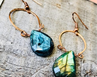 Aurora Faceted Labradorite Drops