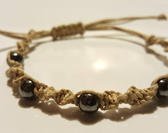 Twisted hemp bracelet with hematite