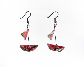 Boat origami with sails, red and multicolor paper necklace earrings
