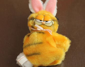 Garfield Clip On Easter