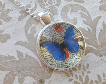 Butterfly Necklace Gift for Her Mom Gift Mum Gift Best Friend Gift Pendant Necklace Necklaces for Women Silver Necklace