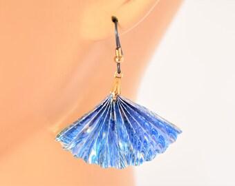 """Vintage 80s Blue Fan Hook Dangle Earrings Delicate Glam Retro Boho Costume Jewelry 2"""""""