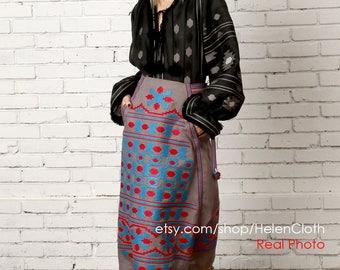 Vyshyvanka Linen Ukraine Embroidered Blouse and Skirt Vyshyvanka Geometric Embroidery Skirt Mexican Skirt Midi skirt  Oversize Blouse Black
