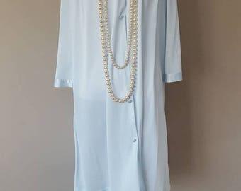 M / Vanity Fair Robe / Blue/ Vintage / Short  / Medium