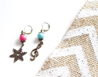 """Christmas carols"" earrings"