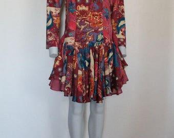 Vintage 80s Dress Ruffle Hem Floral Print Multicolor Romantic Mini Dress Long Sleeve Burgundy Wine Red Medium Size