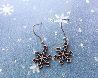 Snowflake earrings, Christmas earrings, Christmas jewelry, Gift for her, snowflake jewelry, silver dangle earrings, holiday jewelry