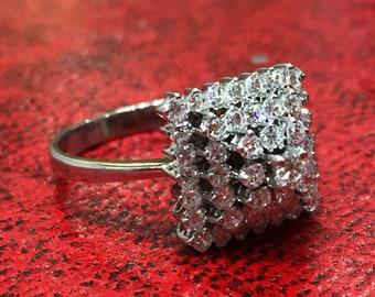 French Pyramid Shape Diamond Ring