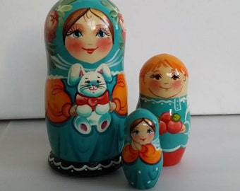 With a Bunny, 3pieces Russian doll matryoshka