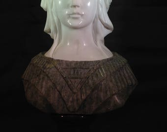 Grand Tour Italian Two Color Marble Bust of a Women