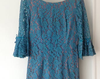 1970s Vintage Turquoise Lace Mini Dress with Ruffled Sleeves