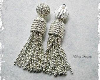 Silver metallic color/beaded tasselShort-tassel/oscar de la renta/clip on earrings/beading dangle earringsEarrings with sterling SILVER stud