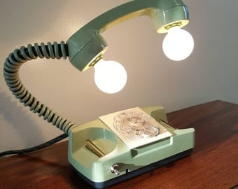 Vintage Rotary Phone Lamp (Green)