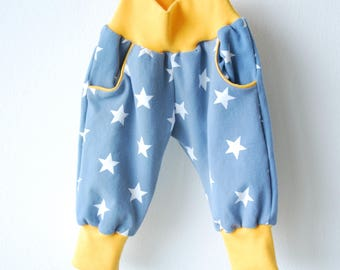 Pants - yellow gray-blue stars