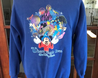 Vintage 1999's Walt Disney World Sweatshirt