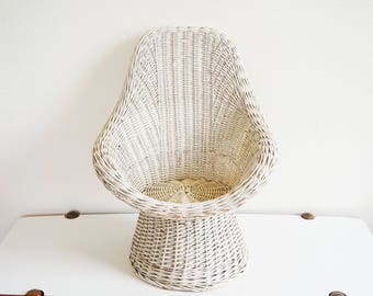 Kids white rattan chair