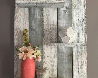 Gray pallet wall shelf, pallet wall shelf, bedroom decor, bedroom wall shelf, wall shelf, bathroom decor, bathroom wall shelf, beach decor