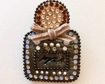 Perfume bottle Shaker style brooch