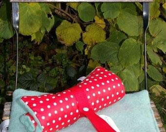 Pillow-to-go, outdoor pillow