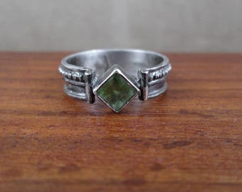 Sterling Silver Epidote Ring - Size 7.5 - Vintage
