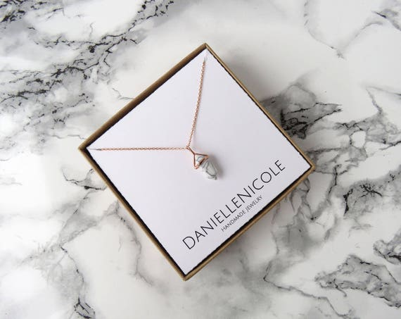 Dainty Pointed Marble Pendant Necklace, Dainty Marble Necklace, Pendant Necklace, Dainty Necklace, Dainty Jewelry, Statement Jewelry, Boho