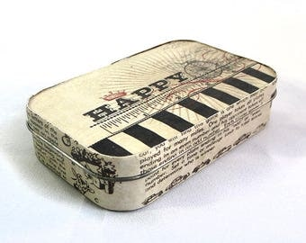 Moulin No. 3 - Repurposed Recycled Upcycled Altoid Tin
