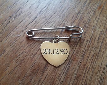 Customised Personalised Anniversary/Birthday Date ~Brass Gold Heart Kilt Safety Pin Brooch Badge~ Rustic Handmade Stamped Jewellery Gift