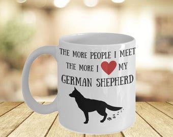 German Shepherd Mugs His Hers- If You Can Read This Personal Mugs- Shepard Dog Im With Her Mug- Campfire Mug Idea For Her- Dog Mama Bear Mug