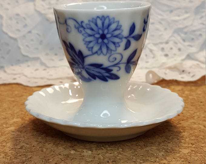 Egg Cup Blue Onion Vintage and Rare Echt Cobalt Kaiser West Germany Strohblume