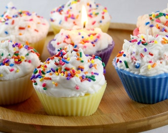 Cupcake Candles: Delicious looking candle, makes a great gifts, natural soy wax.
