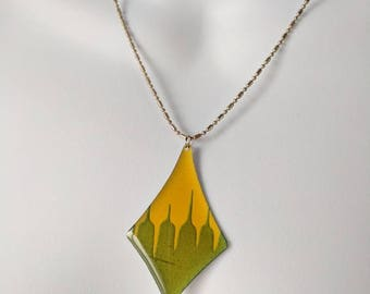 Green & Yellow Diamond-Shaped Pendant Necklace on a silver bead chain