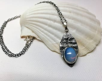 Solid opal pendant necklace | One of a kind silver jewelry | Oxidized silver | Organic form | Leaf-formed pendant