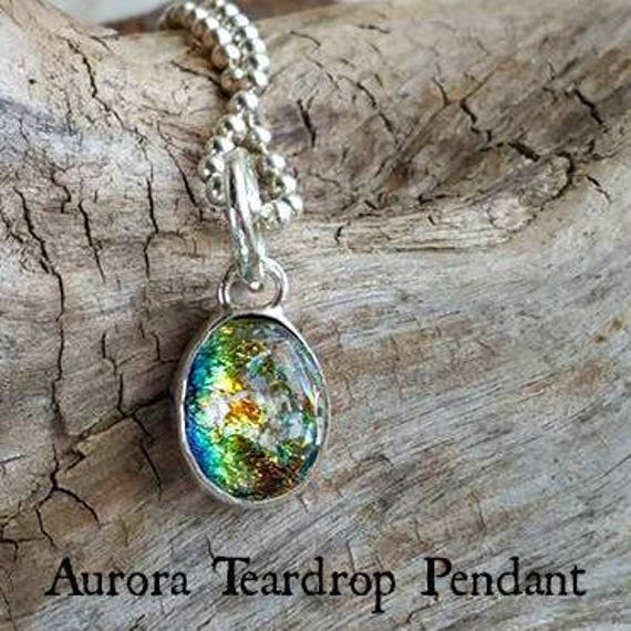 Memorial Petite Teardrop Necklace with Ashes in Glass mounted in Sterling Silver