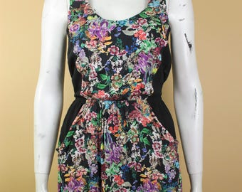 Floral Summer Dress - Floral Print Dress - Vintage Small Pretty Dress - Dress with Bare Back - Dress with Pockets - Spring Time Dress