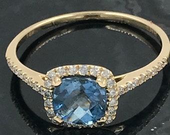 Size 7 - 14k gold diamond aquamarine ring