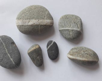 "6 French pebbles ""line"" / french stones"