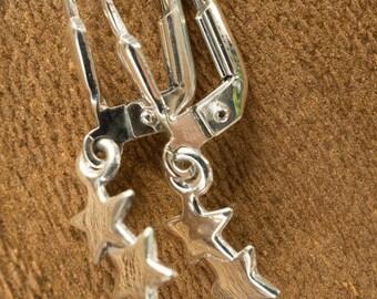 Hanging little stars earring