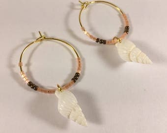 Hoop earrings Golden miuky and shell