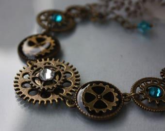 Steampunk Bracelet, machinery, Watch Part Bracelet, gear, Steampunk Jewelry, Cog Bracelet, Blue, Clockwork, Antique bronze, Resin,