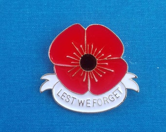 Lest We Forget Remembrance Poppy Brooch/Pin Style 2