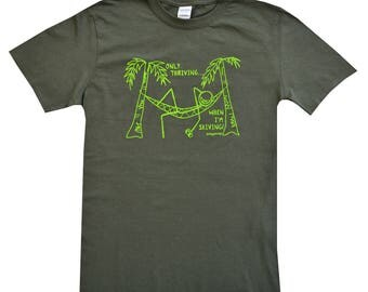 Mens 'Skiving!' Khaki T.shirt.