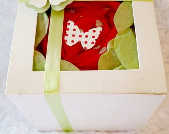 """Baby Girl """"Heart Pattern - Rose"""" Cupcake (One Outfit)"""