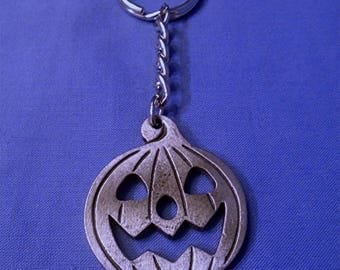 Handmade Pewter Keyring  *Pumpkin*  Full of wonderful detail.   Holds lots of Keys.