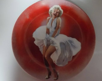 Vintage Marilyn Monroe 1990 Delphi Bradford Exchange Collectors Plate Seven Year Itch 8.5 Inches Around See Pic