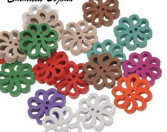 2 flowers 19 mm wooden buttons