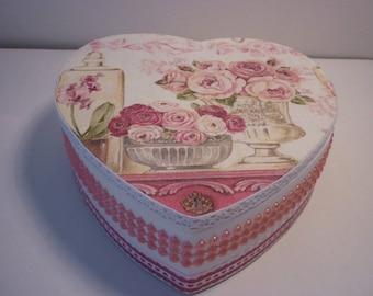 """Shabby chic jewelry box """"roses"""""""