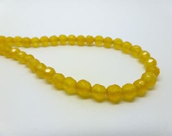 15 of dyed jade 4mm round faceted beads (2 USPJ07) mustard yellow