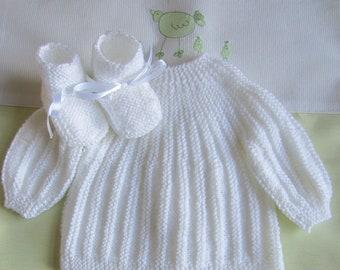 Top and white newborn baby booties - handmade knit