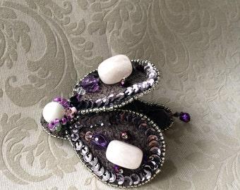 Handmade of brooch, brooch brooch